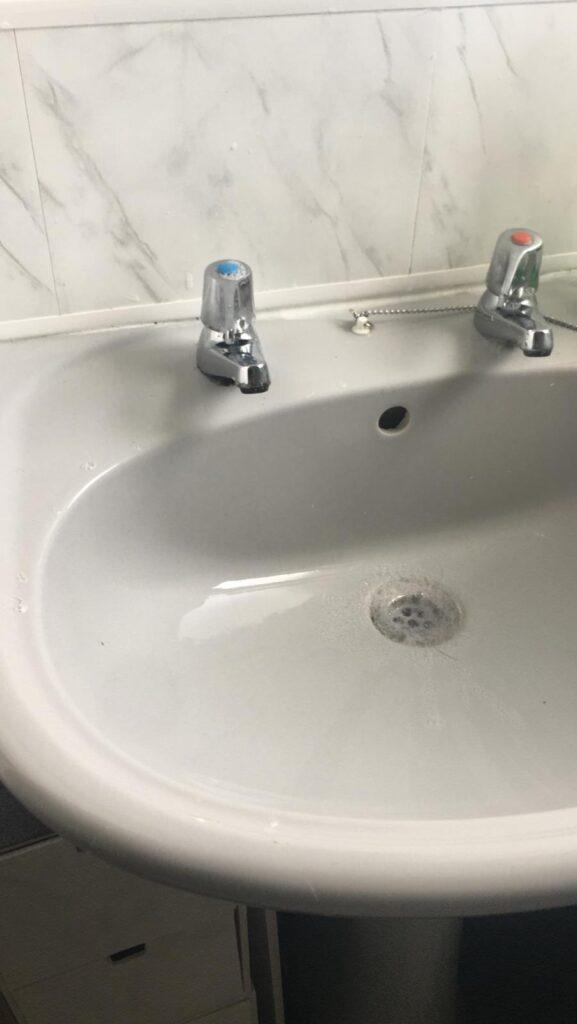sink kept clean